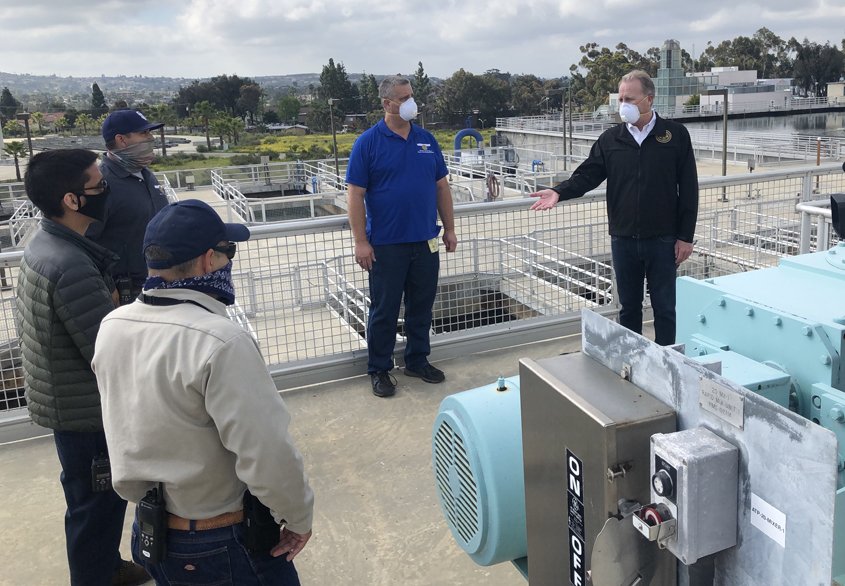 San Diego Mayor Kevin Faulconer meetes with water treatment plant workers playing essential roles in delivering safe drinking water. Photo: City of San DIego