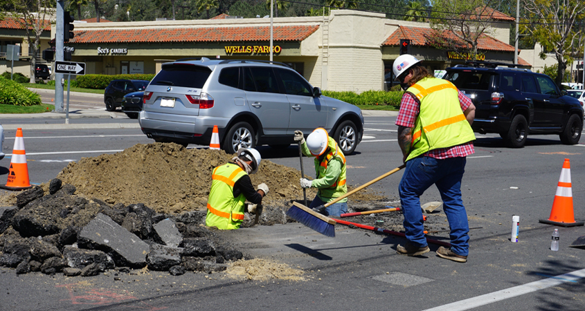 Work is now underway on the El Camino Real Potable Water Pipeline Replacement and Green Bike Lane Striping Project. Construction is expected to last about one year. Photo: Olivenhain Municipal Water District Water and traffic