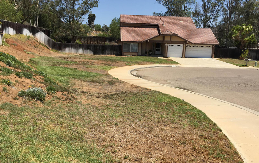 Patricia Wood's landscaping prior to its accessible and watersmart makeover. Photo: Otay Water District
