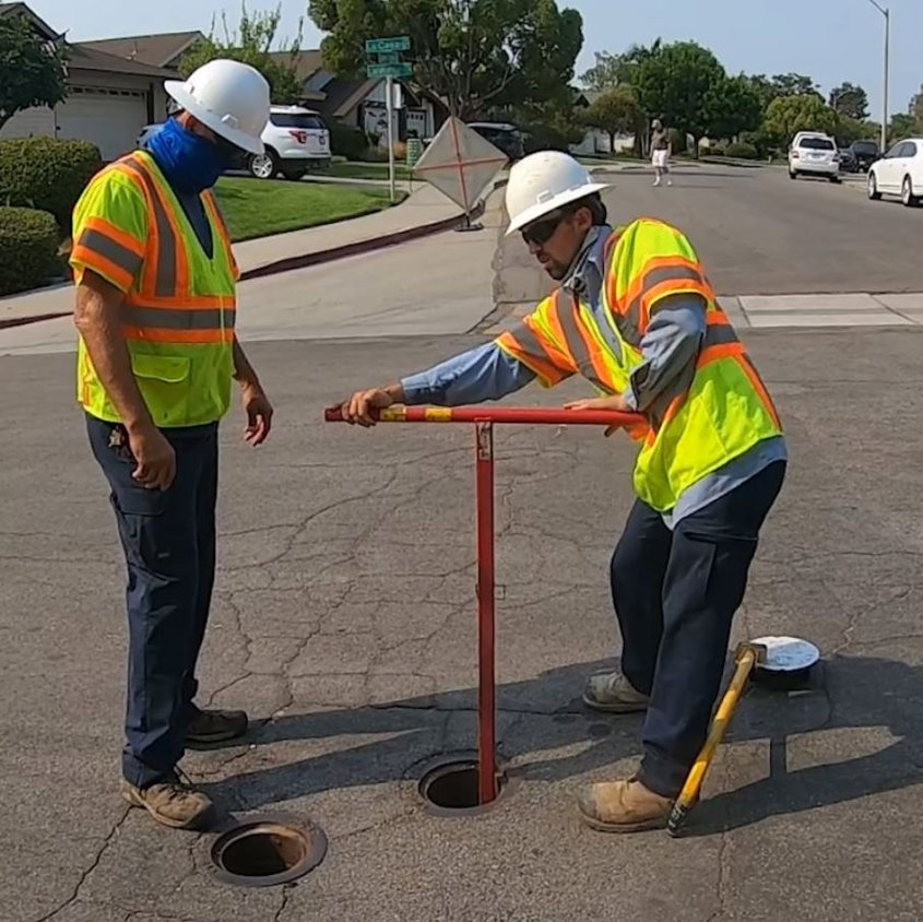 Between 300 and 500 valves are serviced monthly by two person teams. Photo: Vallecitos Water District